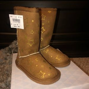 Little Girl's Boots BRAND NEW Tall Brown Size 6